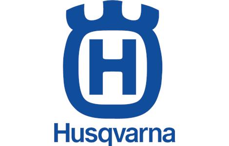 Nel 1903 l'azienda fece il grande passo e cominciò la produzione di motociclette. Sebbene l'Husqvarna sia nota per le moto da enduro e da cross pluri iridate, prima della guerra la produzione era orientata solo al segmento stradale, e partecipava con esse a gare di velocità, ottenendo discreti risultati: un Campionato Europeo della 500 nel 1933[4] e il GP d'Italia classe 350 nel 1936[5]. Negli anni sessanta e settanta i 2 tempi da fuoristrada della casa svedese resero obsolete le 4