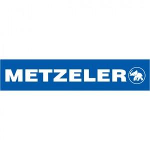 Il legame tra Metzeler e lo sport è forte. Risale al 1925 il primo successo internazionale con R. Reich che vince il Premio